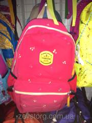 Рюкзак малиновый с цветочками школьнику
