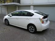 Самый экономичный автомобиль за полцены Toyota Prius 2012
