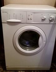 Срочно продам стиральную машину Indesit WG 622 TP